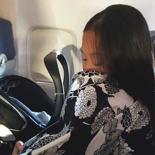 How to Fly Solo with Your Baby | 15 Things to Keep in Mind